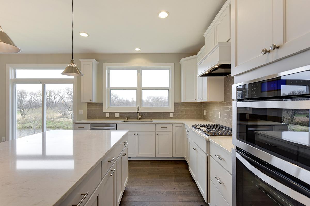 7550 Fawn Hill Road Kitchen 002