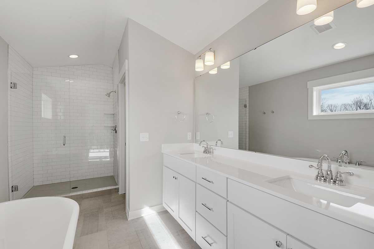 7073 61st Street S Photo 026 Owners Bath